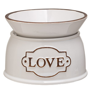 Love Scentsy Warmer