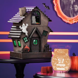 Manic Mansion Scentsy Warmer